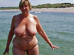XHamster Video - Queens On The Beach 3 Free Mature Porn Video F3 Xhamster