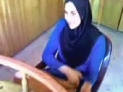 XHamster Video - Hijab Egypt Show Pussy In Shop